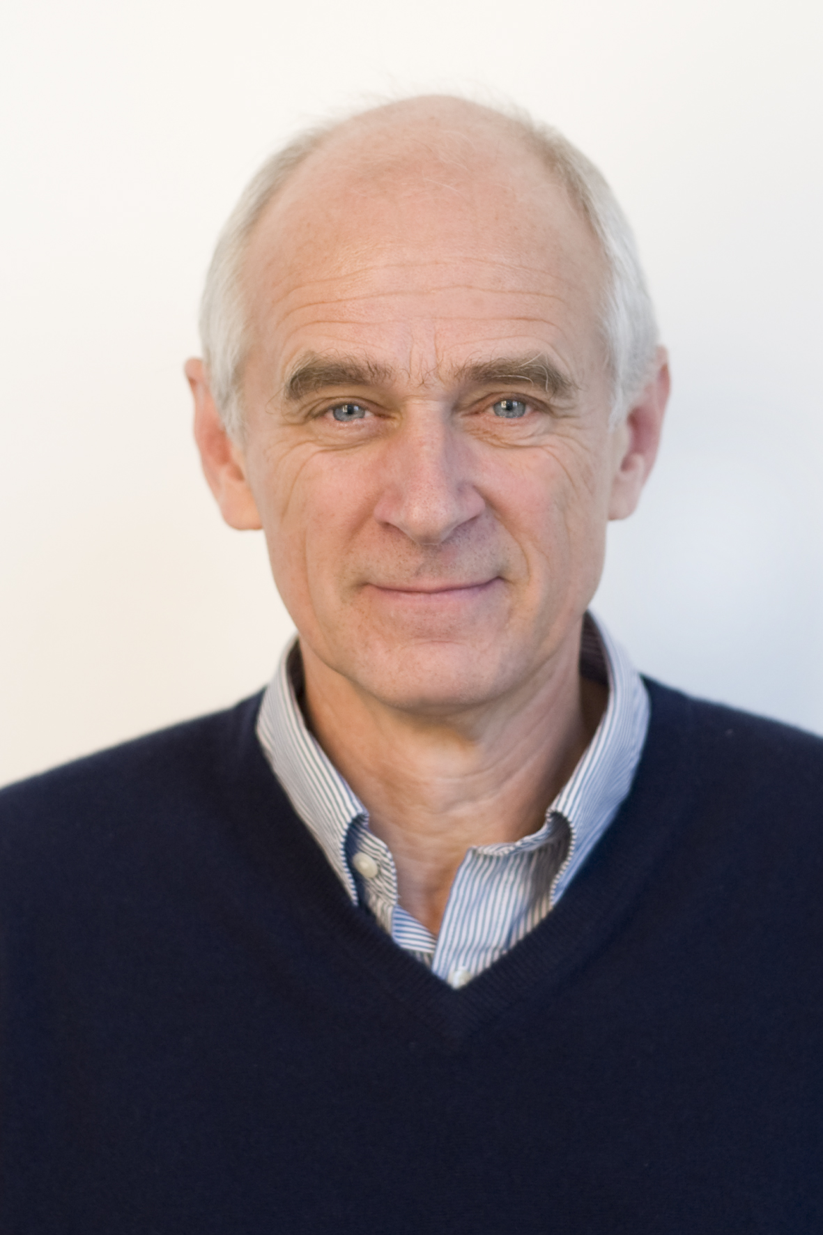 Professor Bernd Fischer | EAG members